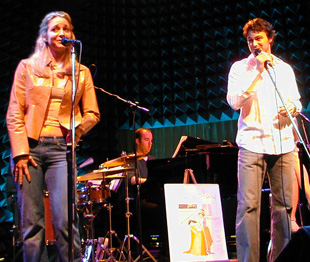 Jessica Boevers and Matt Bogart in performance at Joe's Pub(© Michael Portantiere)