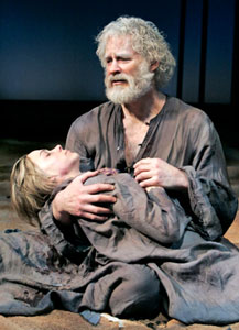 Kevin Kline and Kristen Bush in King Lear