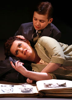 Donna Lynne Champlin and Jack Tartaglia inThe Dark at the Top of the Stairs(© Carol Rosegg)