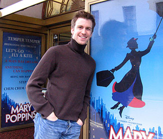 Gavin Creel outside the Prince Edward Theatre in London(© Michael Portantiere)