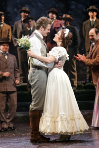 Ed Watts and Michelle Dawson in Seven Brides for Seven Brothers (© Bruce Bennett)
