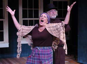 Donna Migliaccio and Dan Manning in Shlemiel the First (© Stan Barouh)