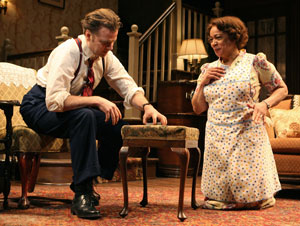 Kevin Anderson and S. Epatha Merkerson