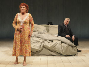 Tyne Daly and Brian Murray in Me, Myself & I