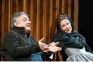 Simon Russell Beale and Zoe Wanamakerin Much Ado About Nothing