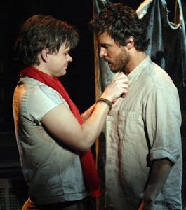 Hunter Foster and Will Chase in Kiss of the Spider Woman (© Scott Suchman)