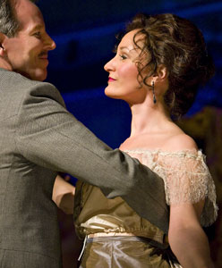 Stephen Bogardus and Barbara Walsh in A Little Night Music (© Richard Anderson)