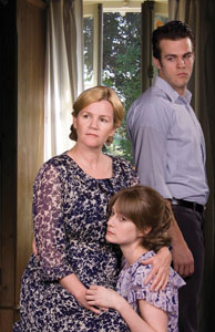 Mare Winningham, Michele Federer, and Michael Simpsonin The Glass Menagerie