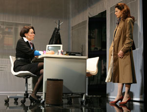 Elizabeth Marvel and Marisa Tomei in Top Girls