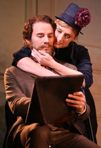 Daniel Evans and Jenna Russell in Sunday in the Park With George (© Joan Marcus)
