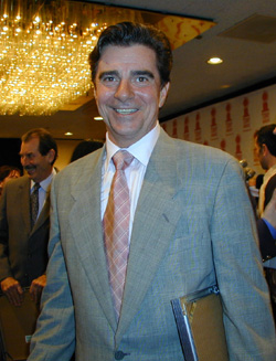 Gary Beach at the 2001 Tony nominees brunch(Photo: Michael Portantiere)
