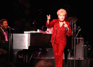 Debbie Reynolds with pianist Joey Singer