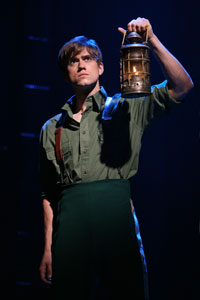 Aaron Tveit in Wicked