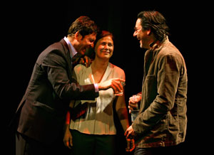 Dylan McDermott, Maura Tierney, and Scott Cohen