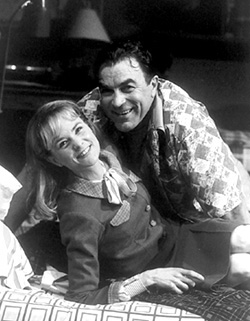 Tom Selleck and Barbara Garrickin A Thousand Clowns(Photo: Carol Rosegg)