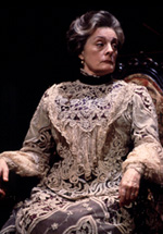 Dana Ivey in Major Barbara(Photo: Joan Marcus)