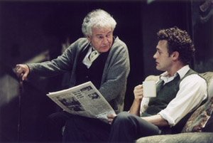 Ian Holm and Jason O'Mara in The Homecoming