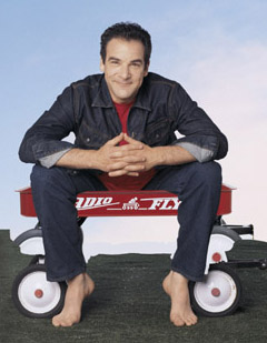 Mandy Patinkin frees his inner child