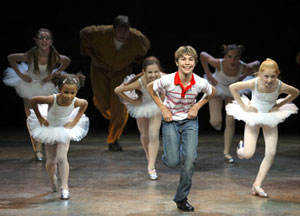 Kiril Kulish and company in Billy Elliot
