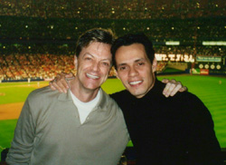 Jim Caruso with Marc Anthony at Shea(Photo: Lionel Casseroux)