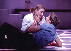 Tina Maddigan and Joe Machota in Mamma Mia!(Photo: Joan Marcus)