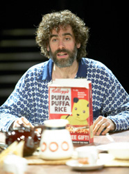 Stephen Mangan in