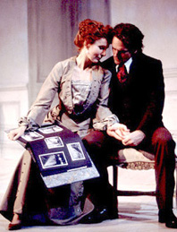 Kate Burton and David Lansburyin Hedda Gabler(Photo: T. Charles Erickson)