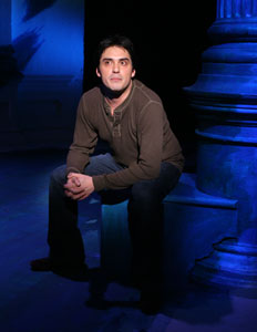 Darrell Dennis in Tales of an Urban Indian (© Joan Marcus)