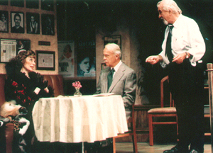 Marian Seldes, Bill Moor, and Louis Zorichin 45 Seconds From Broadway(Photo: Carol Rosegg)