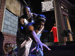 Evan Parke, Rosalyn Coleman, and Lynda Gravatt in Zooman and the Sign (© Gregory Constanzo)