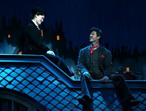 Ashley Brown and Gavin Lee in Mary Poppins (© Joan Marcus)