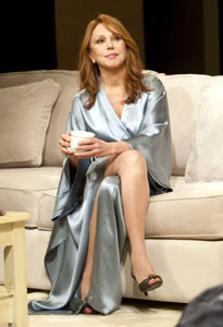 Marlo Thomas in New Year's Eve