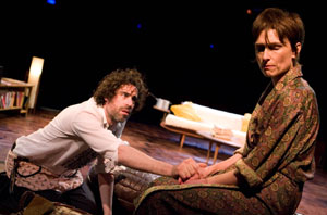 Stephen Mangan and Amelia Bullmore in The Norman Conquests (© Joan Marcus)