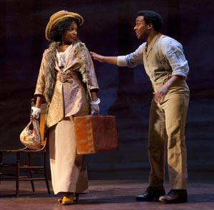 Aunjanue Ellis and Andre Holland in Joe Turner's Come and Gone (© T. Charles Erickson)