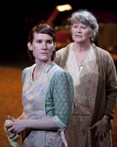 Keira Keeley and Judith Ivey in The Glass Menagerie (© T. Charles Erickson)