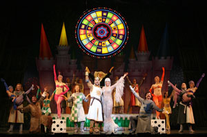 The cast of Monty Python's Spamalot (© Joan Marcus)