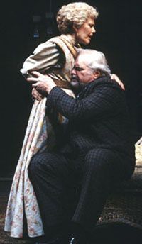Brian Dennehy and Pamela Payton-Wright inLong Day's Journey Into Nightat the Goodman Theatre