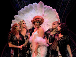Douglas Hodge and company in the West End La Cage Aux Folles (© Alastair Muir)