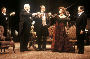 Gathering of the clan: Matthew Schneck, David Sabin, Ted Pejovich,Elizabeth Ashley, and Jonathan Hadary in The Little Foxes(Photo: Carol Rosegg)