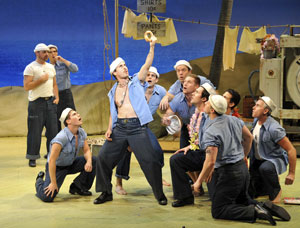 Matthew Saldivar and company in South Pacific (© Peter Coombs)