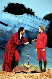 Jimmy Smits and Julia Stiles in Twelfth Night