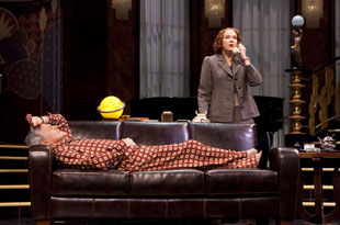 Victor Garber and Harriet Harris in Present Laughter