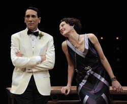 Robert Sella and Tracy Michelle Arnold in Private Lives (© Liz Lauren)