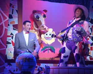 Paul Reubens and Phil LaMarr in The Pee-wee Herman Show