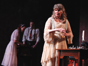 Judith Ivey with Keira Keeley and Patch Darragh in The Glass Menagerie (© Joan Marcus)