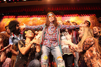 Mayor Bloomberg and the cast of Hair