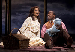 Stephanie Umoh and Quentin Earl Darrington in Ragtime (© Joan Marcus)
