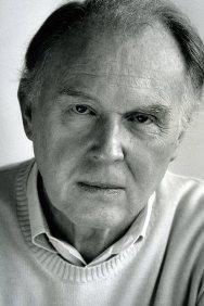 Tim Pigott-Smith,