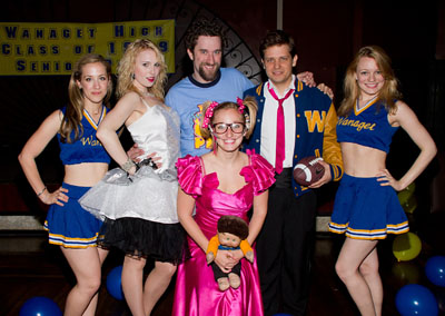 Victoria Broadhurst, Kate Wood Riley, Dustin Diamond, Angie Blocher, Jason Carden, and Jenny Peters (© Tristan Fuge)