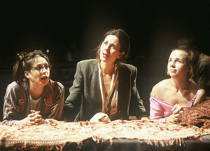 Marin Hinkle, Jessica Hecht, and Alicia Goranson in The Fourth Sister